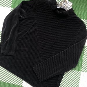 Onque casual mock turtleneck corduroy black top